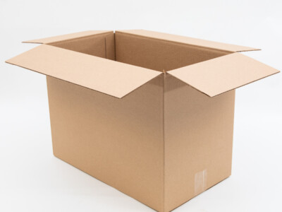 Большие картонные коробки